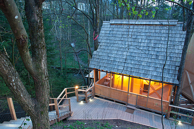 Garden village hiška