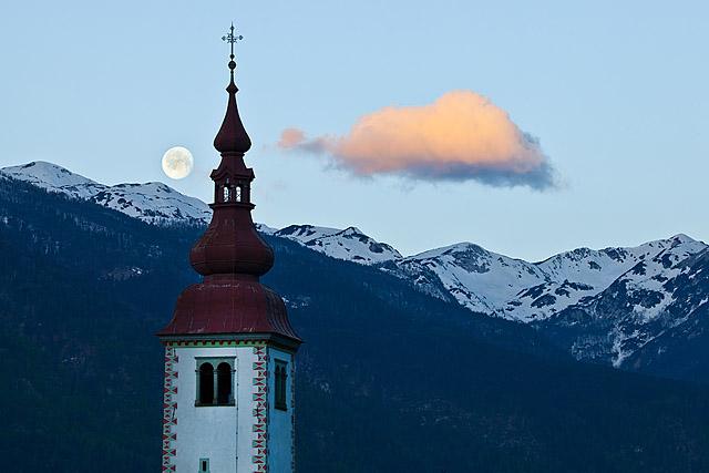 Cerkev Bitnje Bohinjska Bistrica