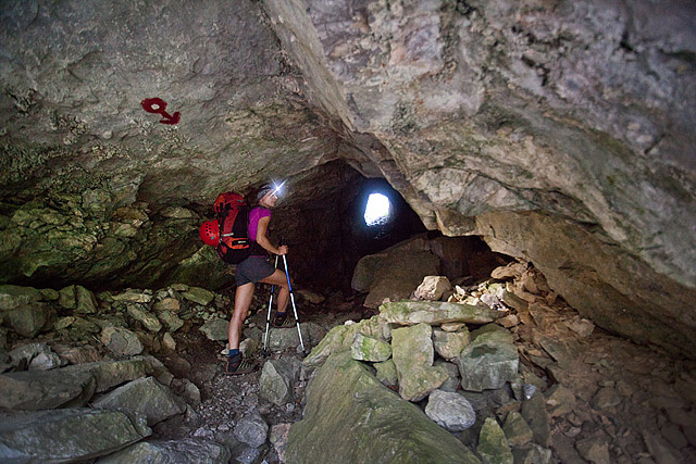 Klemenča jama predor