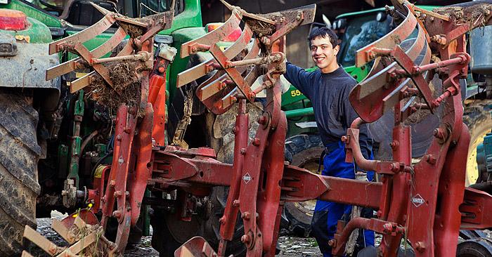 Portreti kmetov za promocijo programskega orodja
