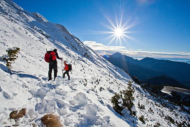 Sonce in zima v gorah