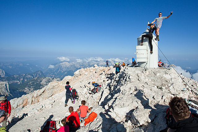 Triglav vrh Aljažev stolp