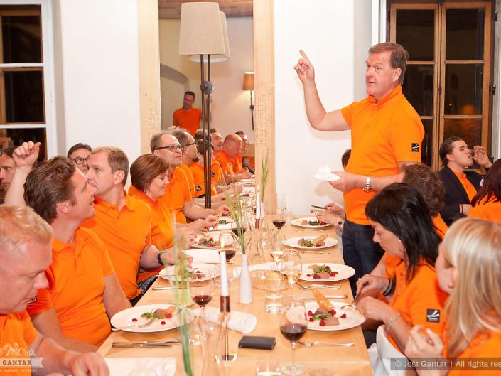 Fotografiranje zaposlenih iz finskega podjetja na obisku v Sloveniji. Naročnik: Sava turizem