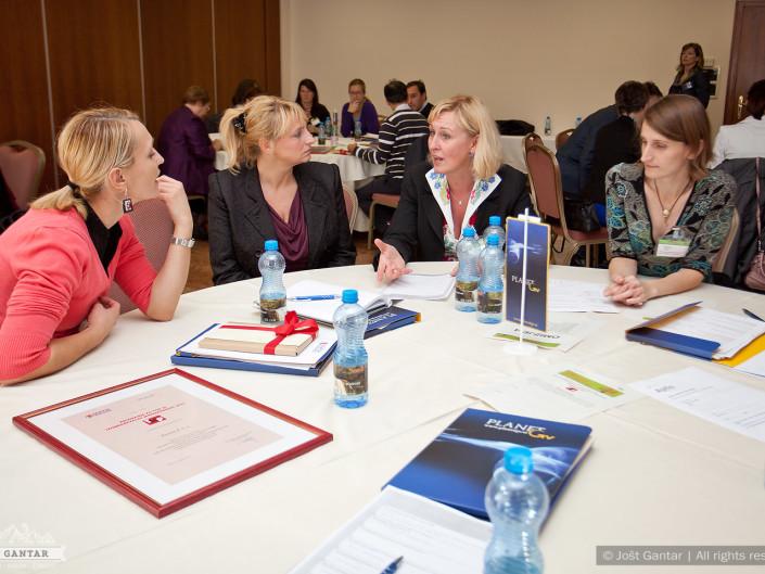 Fotografiranje izobraževalne konference. Naročnik: Planet GV