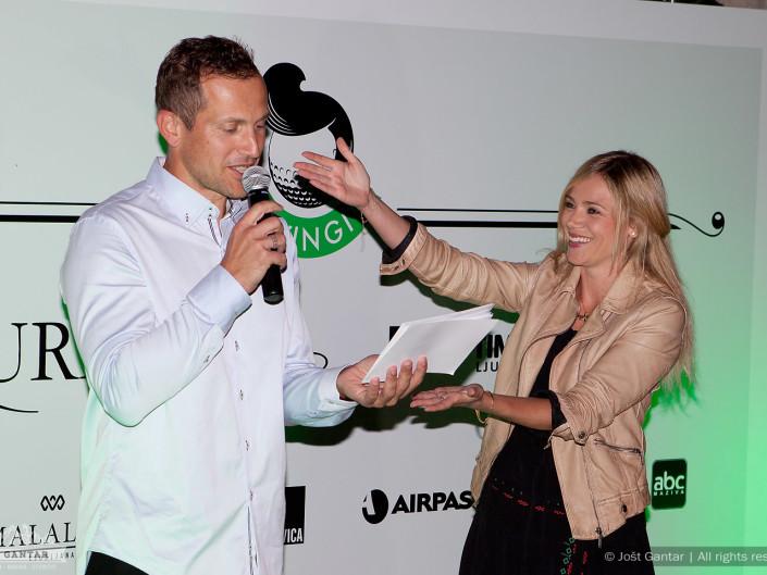 Jure Košir in Katarina Čas na sklepnem delu dobrodelnega golf turnirja Swingit. Naročnik: Luxuris