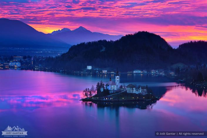 Barvito jutro na Bledu.
