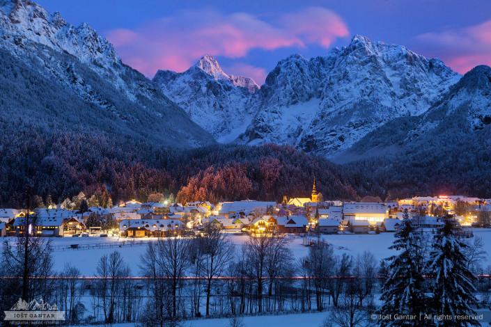 Zimski večer, Kranjska Gora.
