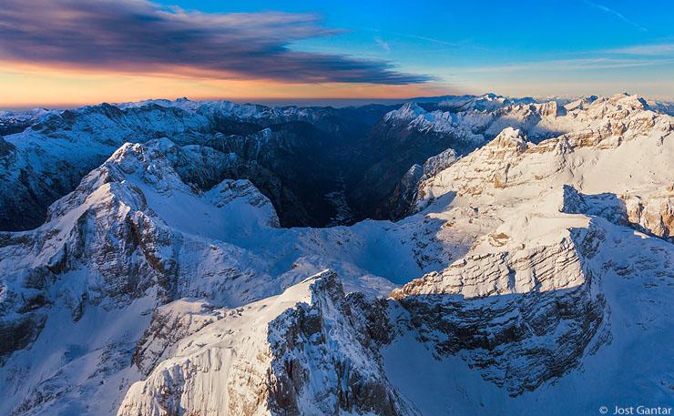 Julijske Alpe iz zraka